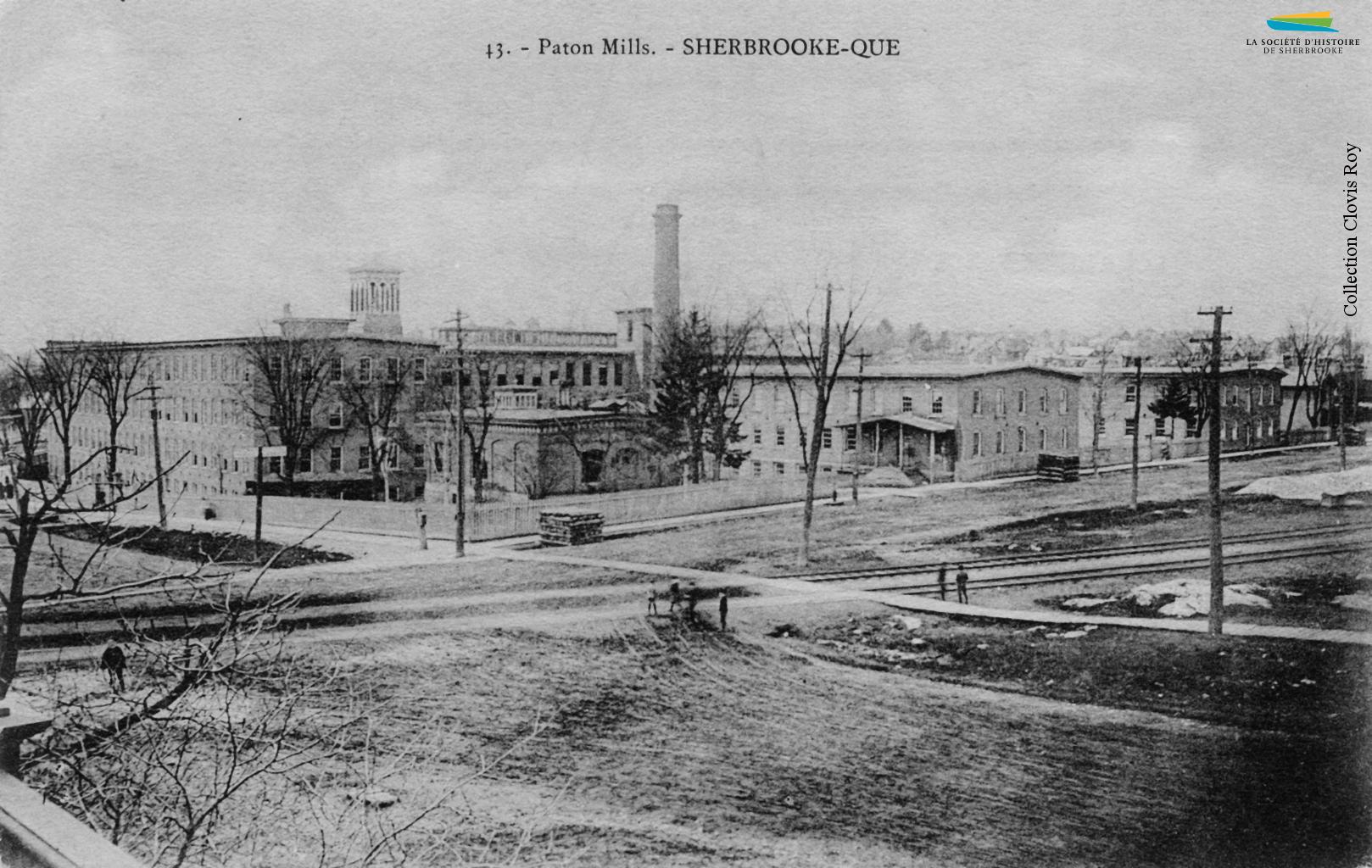 Le complexe industriel de la <em>Paton Manufacturing Company</em> en 1905, au coin des rues King et Belvédère.