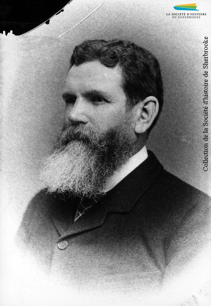 Andrew Paton, vers 1892. Né en Écosse, il immigre au Canada en 1855 et fonde une usine de textiles en Ontario. Il est approché par la BALCo dans les années 1860 pour fonder à Sherbrooke une usine de lainages, à laquelle il donne son nom. Il demeure le directeur de l'usine jusqu'à sa mort en 1892.